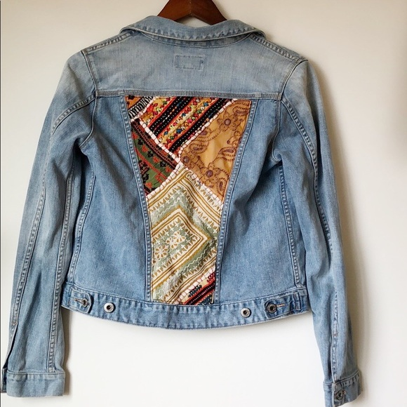 Lucky Brand Jackets & Blazers - Lucky Brand Dixie Embroidered Jean Jacket Small